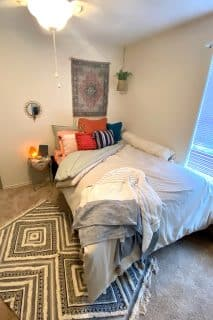 Samford Square student apartment 3 bedroom